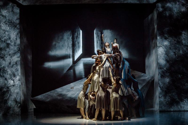 Zdjęcie: Obchody Międzynarodowego Dnia Tańca w Operze Śląskiej: Requiem d-moll i etiuda baletowa online
