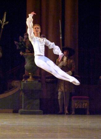 Zdjęcie: Taneczne autobiografie cz. 9: Praca ciałem. Tańcząc do granic możliwości  autobiografia Davida Hallberga