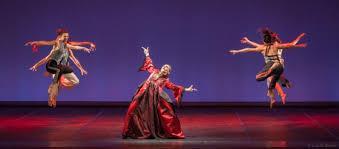 """Zdjęcie: Teatr Wielki – Opera Narodowa: Compagnia Artemis Danza """"Cyrulik sywilski"""" – muz. Gioacchino Rossini"""