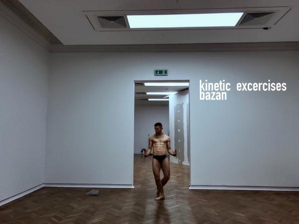"""Zdjęcie: Łódź/""""Poruszone ciała. Choreografie nowoczesności"""": Tomasz Bazan """"Kinetic excercises"""""""