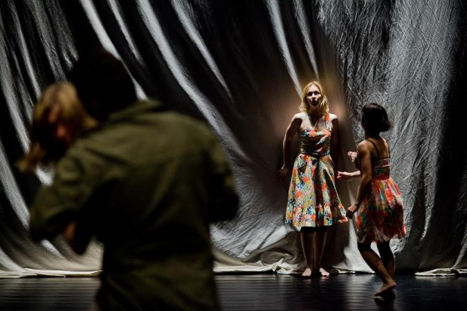 """Zdjęcie: VI Gdański Festiwal Tańca: Teatr W Twojej Głowie """"Chorzy na miłość"""""""