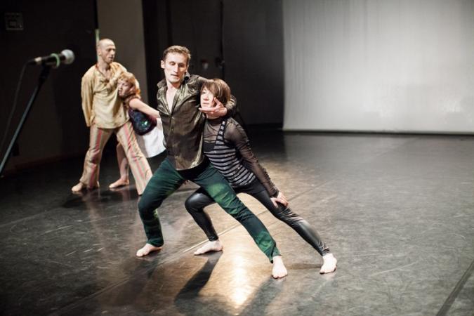 """Zdjęcie: Białystok/Festiwal Kalejdoskop 2014: Lubelski Teatr Tańca """"Historie, których nigdy nie opowiedzieliśmy"""" – chor. Simone Sandroni"""
