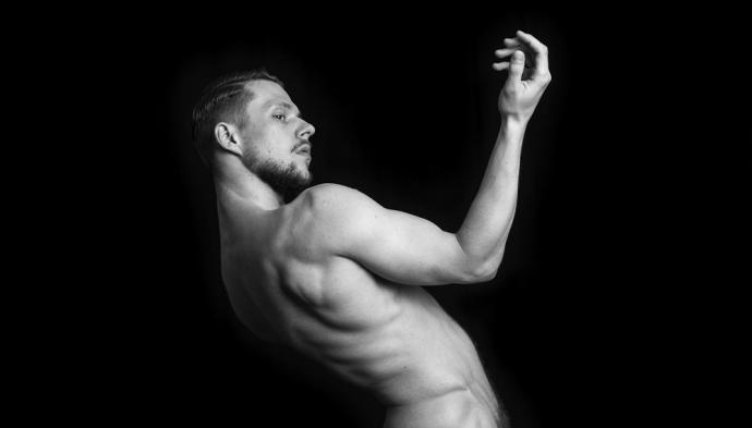 """Zdjęcie: Warszawa/Centrum Sztuki Tańca w Warszawie 2019: Michał Adam Góral """"Męskie tańczenie"""" – warsztaty """"Dynamic Flow Dance"""""""
