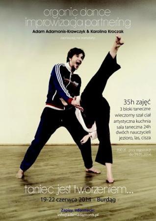 """Zdjęcie: Burdąg: Adam Adamonis Krawczyk i Karolina Kroczak """"Taniec jest tworzeniem"""" – warsztaty organic dance"""