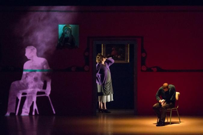 """Zdjęcie: VIII Międzynarodowy Festiwal Teatralny Dialog-Wrocław: Losdedae Dance Company """"Popioły, albo daj mi powód żeby się nie rozpaść"""" – reż. i chor. Chevi Muraday"""