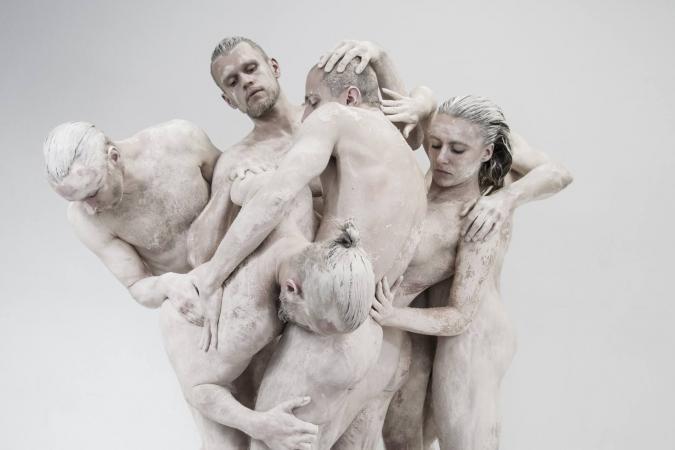 """Zdjęcie: Lublin/XX Międzynarodowe Spotkania Teatrów Tańca: Teatr ROZBARK """"Zagubieni w skórze"""""""