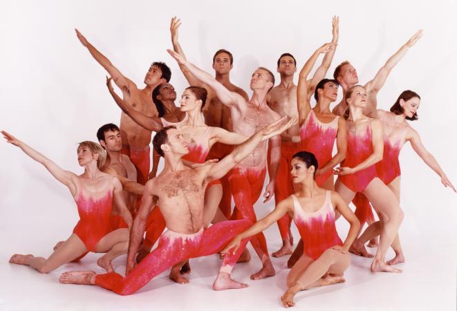 "Zdjęcie: Warszawa/VII Dni Sztuki Tańca: Paul Taylor Dance Company ""Mercuric Tidings / Piazzola Caldera / Esplanade"""