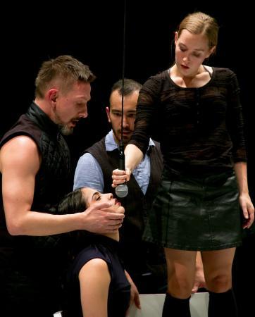 """Zdjęcie: Sopot/Przegląd """"Mistrzowie Polskiego Tańca"""": W&M Physical Theatre """"Waiting Rooms in Heaven"""""""