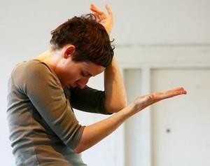"""Zdjęcie: Kraków/Free the Dance: Marysia Stokłosa, Maria Mavridou """"Silent Solo"""""""