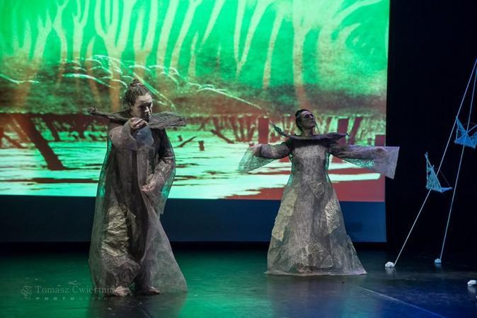 """Zdjęcie: Częstochowa/ Scena dla tańca 2017/Butoh (w) podróży: Teatr Limen """"Beksiński_Butoh. Dekonstrukcja"""""""
