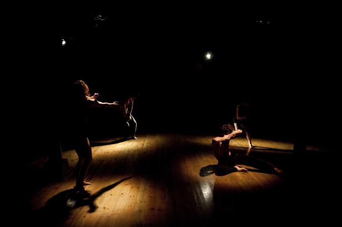 """Zdjęcie: Gdańsk/Scena dla tańca 2013/Trójmiejski Punkt Taneczny:  Studio Matejka """"Awkward Happiness Or Everything I Don't Remember About Meeting You"""""""