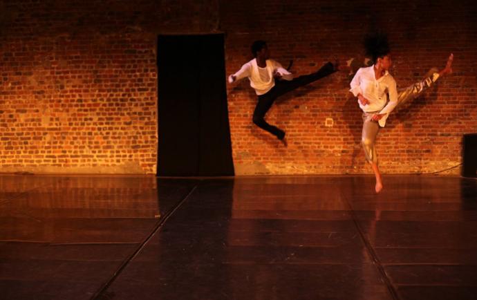 "Zdjęcie: VI Gdański Festiwal Tańca: Sánchez Ruíz (Kuba) & Edivaldo Ernesto (Mozambik) ""There is a name for it"""