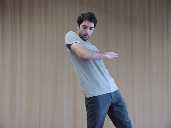 """Zdjęcie: Lublin/XIX Międzynarodowe Spotkania Teatrów Tańca: Noé Soulier """"Movement on Movement"""""""