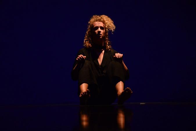 """Zdjęcie: Kraków/Polska Sieć Tańca 2020/21: Teatr Tańca Zawirowania """"Real Love"""" – chor. Daniel Abreu, """"Lullaby for the Restless"""" – chor. Aleksandra Krajewska"""