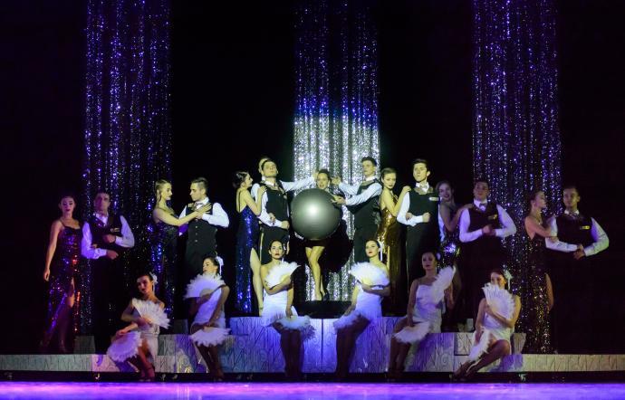 """Zdjęcie: Jędrzejów/Scena dla tańca 2020: Kielecki Teatr Tańca """"Zobacz Jazz: Hymn of Life & Golden Ages"""" – chor. Jean Claude Marginale, Jean-Charles Zambo"""