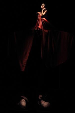 """Zdjęcie: Polkowice/XVI Festiwal Oblicza Teatru: Wrocławski Teatr Pantomimy """"Zuzanna i starcy"""" – reż. Leszek Mądzik oraz wystawa zdjęć Magdaleny Franczuk"""
