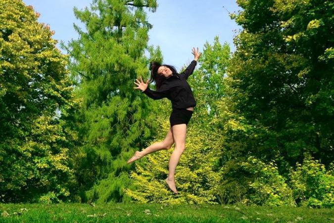Zdjęcie: Międzynarodowy Dzień Tańca 2017/Centrum Sztuki Tańca w Warszawie: Warsztaty Bartenieff Fundamentals ®. Prowadzenie: Iwona Wojnicka