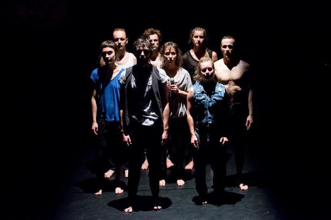 """Zdjęcie: Gdańsk/Projekt """"Taniec się czyta 2014"""": Weekend II: Teatr Dada von Bzdülöw """"Enclave 4/7"""" – chor. Roberto Olivan"""