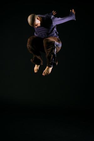 """Zdjęcie: Bytom/Wydział Teatru Tańca: Maciej Kuźmiński """"Maciej Kuźmiński"""" i """"Room 40"""""""