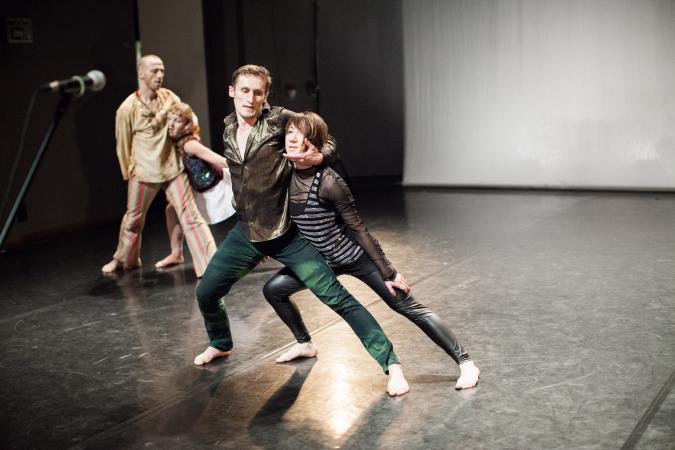 """Zdjęcie: Tarnów/V Festiwal Scena Otwarta: Lubelski Teatr Tańca """"Historie, których nigdy nie opowiedzieliśmy"""""""