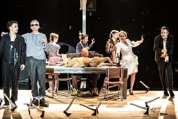"""Zdjęcie: Wrocław/PANTOMIMA porusza: Wrocławski Teatr Pantomimy """"Bachantki"""" wg Eurypidesa – reż. Maćko Prusak"""