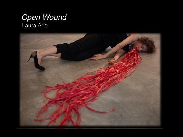 """Zdjęcie: Kraków/Festiwal SPACER 2015: Laura Aris Alvarez """"Open wound"""" i Ultima Vez """"Here after"""" (film)"""