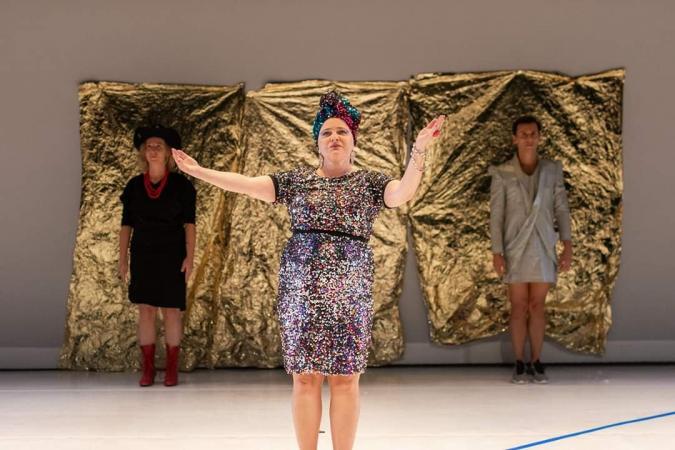 "Zdjęcie: Białystok/Art Weekend: HOTELOKO movement makers ""Absolutely Fabulous Dancers"""