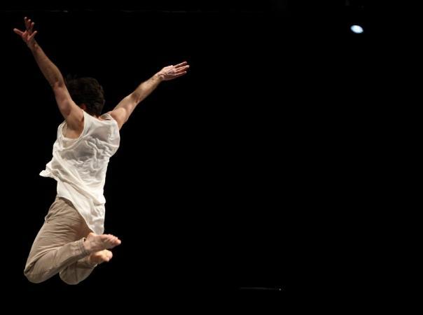 """Zdjęcie: Warszawa/Scena Tańca Studio 2016/III: Teatr Dada von Bzdülöw """"Duety nieistniejące"""""""