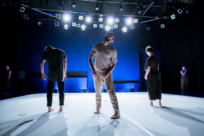 """Zdjęcie: Warszawa/39. Scena Tańca Studio: Teatr Dada von Bzdülöw """"Dzisiaj, Wszystko"""""""