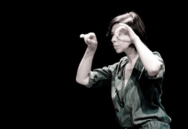 """Zdjęcie: Warszawa/VI Międzynarodowy Festiwal Improwizacji Tańca SIC!: Ilona Trybuła/dj Lenar – """"dd.mm.rrrr."""""""